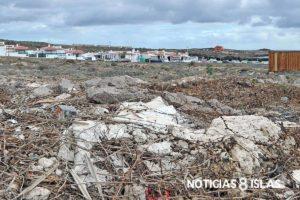 Un paseo por el lugar constata escombros, basura, heces…