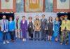 El Presidente con los responsables de la Fundación. Cedida. NOTICIAS 8 ISLAS.