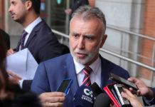 El presidente Ángel Víctor Torres tras la firma del Convenio. Cedida. NOTICIAS 8 ISLAS