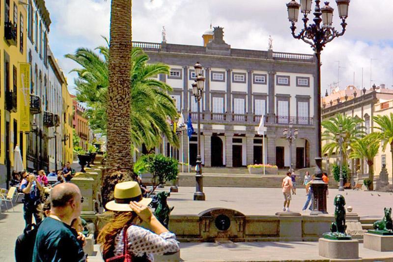 El Ayuntamiento de Las Palmas de Gran Canaria amplía las medidas contra la COVID-19