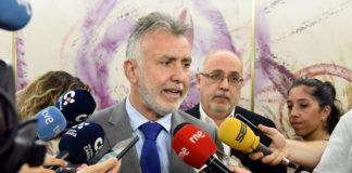 Ángel Víctor Torres, declaraciones tras las reuniones con Fecai y Fecam. Cedida. NOTICIAS 8 ISLAS
