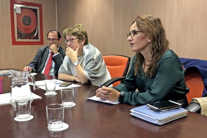 Delgado y Vilauriz durante una reunión en el Ministerio de Agricultura y Pesca. Cedida. NOTICIAS 8 ISLAS.