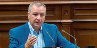 Luis Campos, portavoz parlamentario de Nueva Canarias (NC)./ Cedida. NOTICIAS 8 ISLAS.