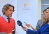 Gustavo Matos, presidente del Parlamento de Canarias, atendiendo a los medios./ Cedida. NOTICIAS 8 ISLAS.
