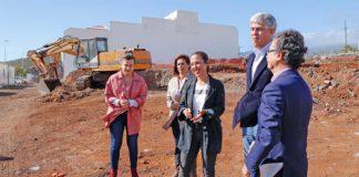 Visita al solar de la construcción en El Tablero. Cedida. NOTICIAS 8 ISLAS.