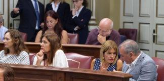 Luis Campos (Der.), portavoz parlamentario de Nueva Canarias. Cedida. NOTICIAS 8 ISLAS.