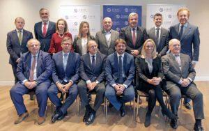 A este órgano de gestión y administración se suma el tesorero, que será Miguel Mirones (Asociación Nacional de Balnearios de España).