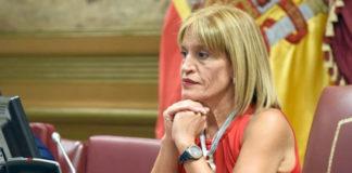 Esther González, portavoz parlamentaria de Nueva Canarias en materia económica. Cedida. NOTICIAS 8 ISLAS.