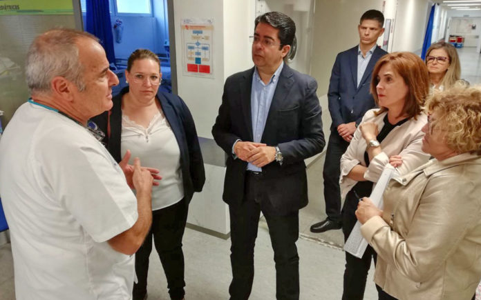 Teresa Cruz visita el Hospital del Norte en Tenerife. Cedida. NOTICIAS 8 ISLAS.