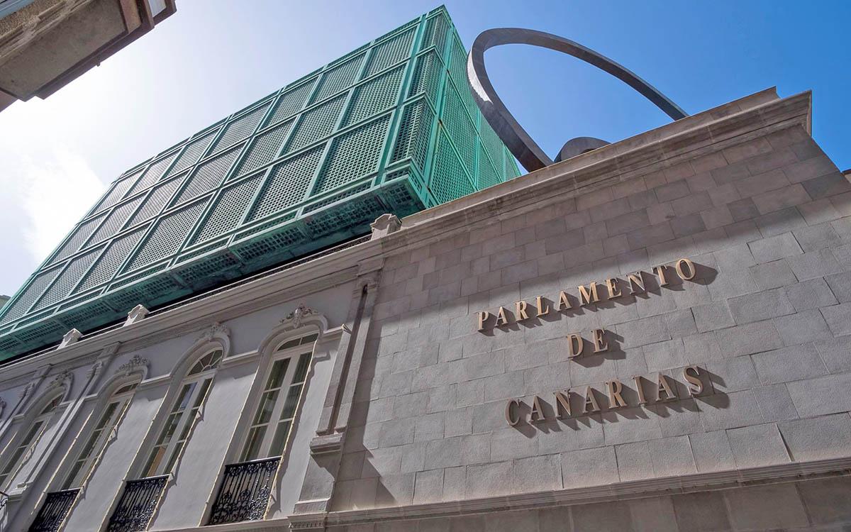 Parlamento de Canarias: actualidad parlamentaria y política