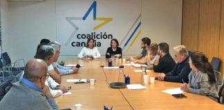 Reunión de los responsables municipales de CC. Cedida. NOTICIAS 8 ISLAS.