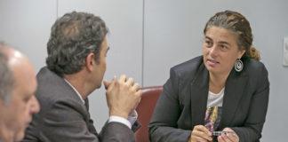 La viceconsejera de Derechos Sociales, Gemma Martínez, se reune con directivos de Endesa. Quique Curbelo. NOTICIAS 8 ISLAS.