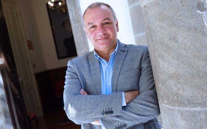 Luis Campos, portavoz parlamentario de Nueva Canarias. Cedida. NOTICIAS 8 ISLAS.