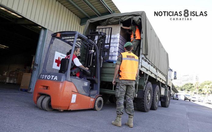 Almacén de Cruz Roja en el Puerto de Santa Cruz de Tenerife. Manuel Expósito. NOTICIAS 8 ISLAS.