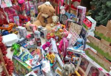 Campaña de recogida de juguetes en la que han participado ciudadanos solidarios y 145 empresas. Cedida. NOTICIAS 8 ISLAS.