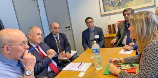 Reunión en Bruselas. Cedida. NOTICIAS 8 ISLAS.