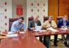 Momento de la firma de los convenios con los ayuntamientos. Cedida. NOTICIAS 8 ISLAS.