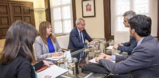 Sebastián Franquis en la reunión con el Ministerio. Cedida. NOTICIAS 8 ISLAS.