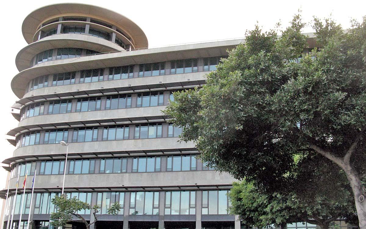 CSIF, UGT y CCOO exigen reactivar la negociación colectiva en el Gobierno de Canarias