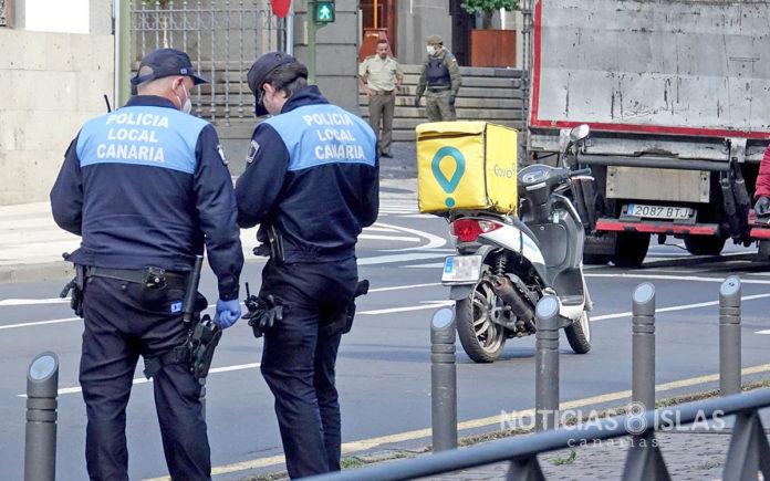 Control Policial en S/C. de Tenerife. Trino Garriga. NOTICIAS 8 ISLAS.