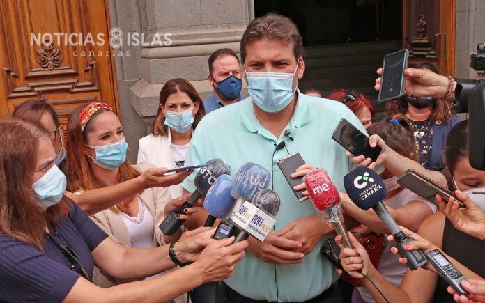 Rueda de prensa ofrecida por el Grupo de gobierno tras la presentación de la moción de censura. Manuel Expósito. NOTICIAS 8 ISLAS.
