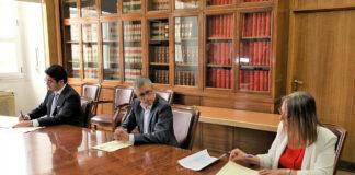 Firma del convenio entre ACUAES y Cabildo. Cedida. NOTICIAS 8 ISLAS.