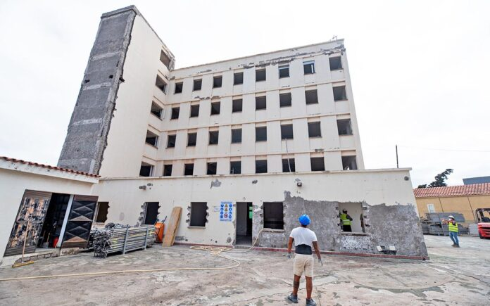 Aspecto exterior actual de la futura residencia, que gestionará San Juan de Dios. Cedida. NOTICIAS 8 ISLAS.
