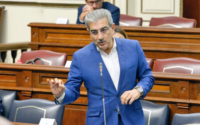 Román Rodríguez, vicepresidente y consejero de Hacienda, Presupuestos y Asuntos Europeos. Cedida. NOTICIAS 8 ISLAS.