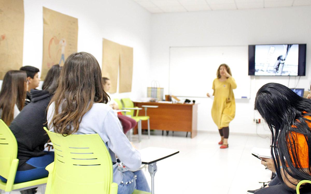Convocados los procesos selectivos para cubrir 1.377 plazas de profesorado de Secundaria, Idiomas y FP