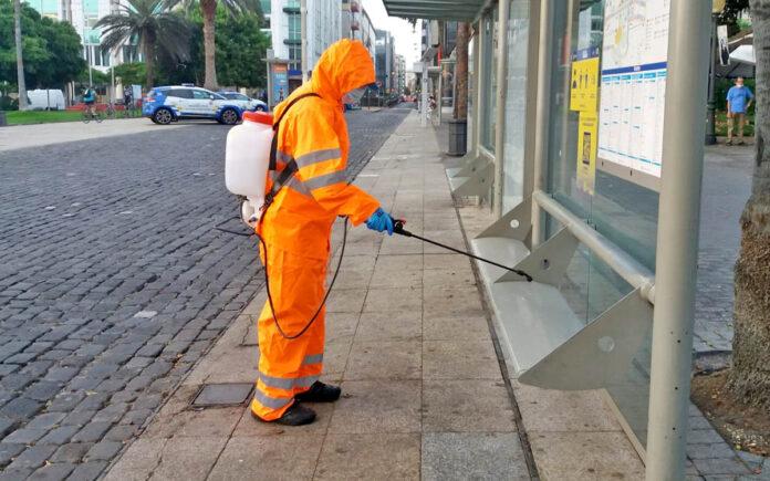 Plan de choque de limpieza en Las Palmas de Gran Canaria./ Cedida.