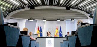 Rueda de prensa del Consejo de Ministros./ Pool Moncloa - JM Cuadrado.