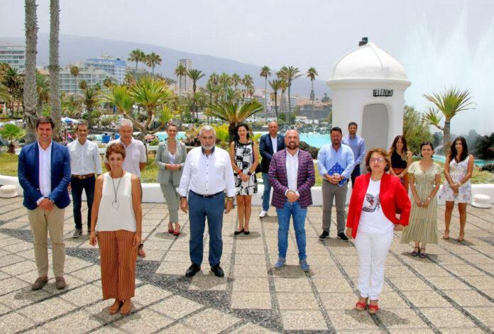 Los representantes de los ayuntamientos integrantes de la AMTC./ Cedida.