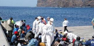 Llegada de inmigrantes a San Sebastián de La Gomera./ Cedida.