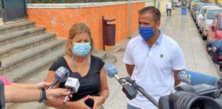 Un momento de las declaraciones de Pepa Luzardo a los medios./ Cedida.