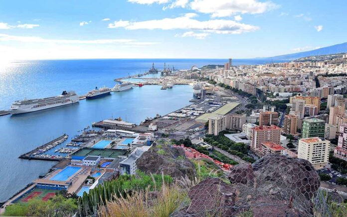 Santa Cruz de Tenerife./ Trino Garriga.