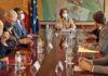 Un instante de la reunión del grupo MIxto con la ministra./ Cedida.