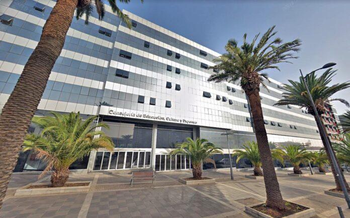Consejería de Educación del Gobierno de Canarias en Santa Cruz de Tenerife./ Google Maps.