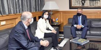 Un momento de la reunión de la ministra con el presidente de Canarias./ Cedida.