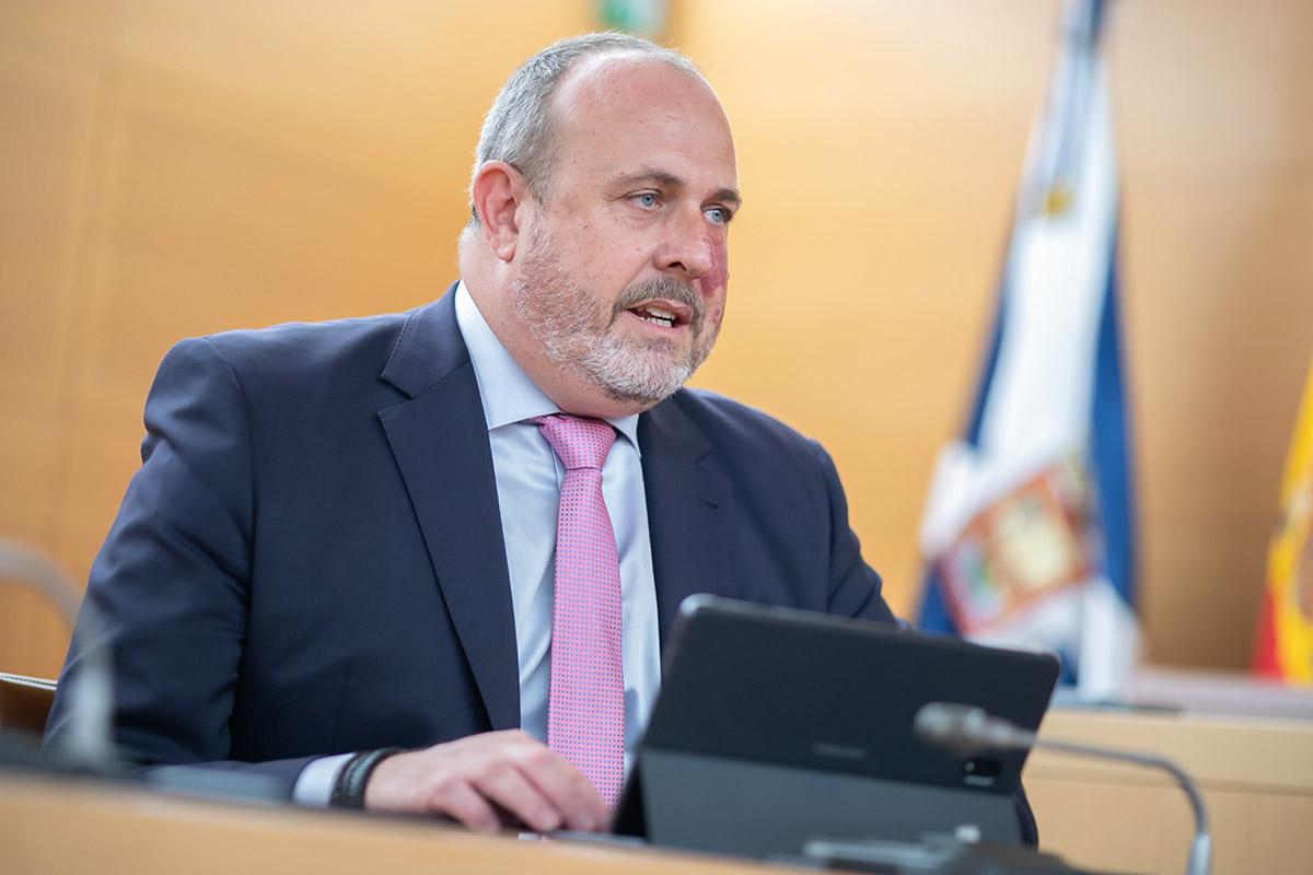 CC-PNC pide el cese inmediato de Enrique Arriaga por sus reiterados comentarios machistas