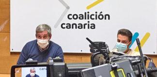 Un momento de la rueda de prensa ofrecida hoy por los nacionalistas canarios./ Cedida.