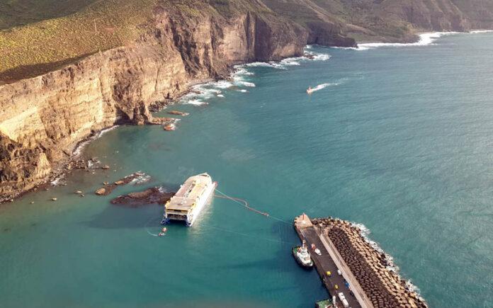 Encallamiento del ferry Bentago Express./ Cedida.
