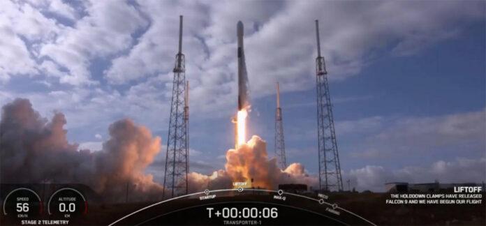 Momento del lanzamiento del cohete Falcon 9 de SpaceX con la cámara DRAGO a bordo./ SpaceX.