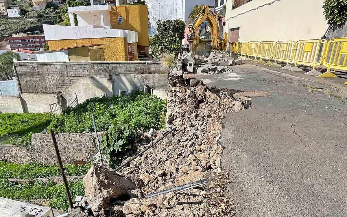 El Ayuntamiento declara la emergencia para acometer las obras en el camino Las Acacias