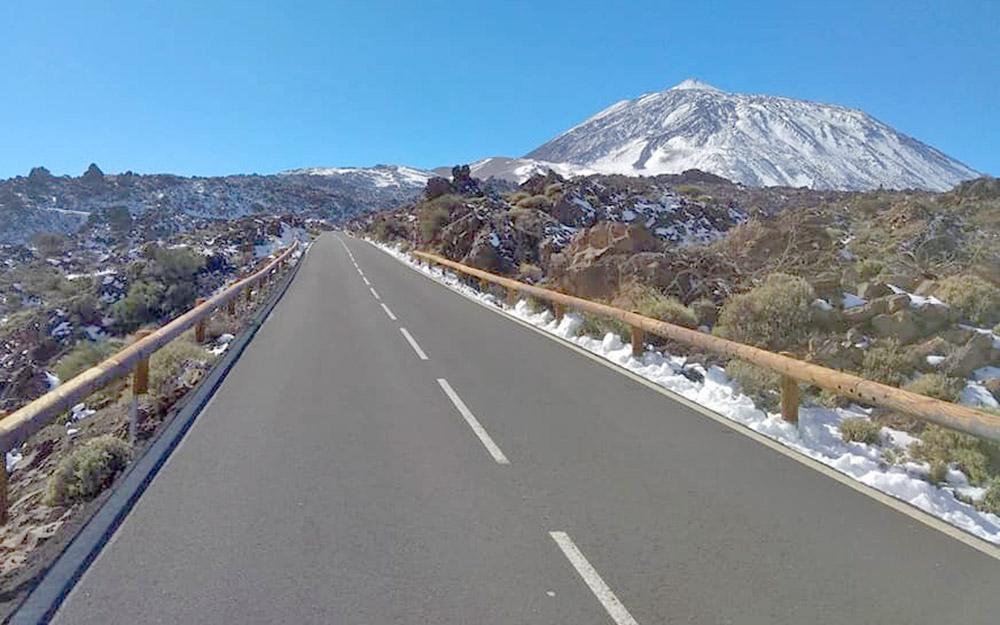 Cabildo de Tenerife y DGT definen el operativo de tráfico para este fin semana en el Teide