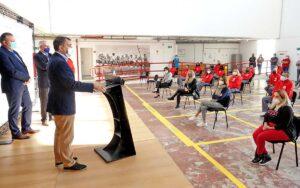 El alcalde acudió hoy a la sede de la Fundación Laboral de la Construcción./ Trino Garriga.