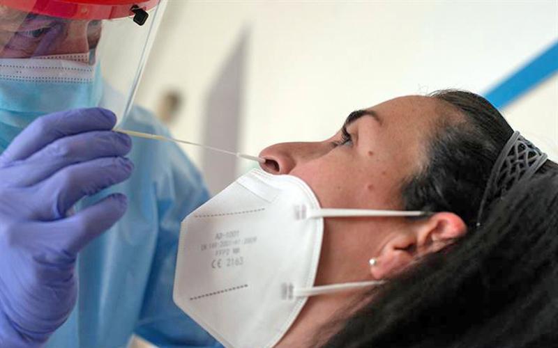 Coronavirus: hoy, 1 fallecido y 142 nuevos casos positivos por COVID-19 en Canarias