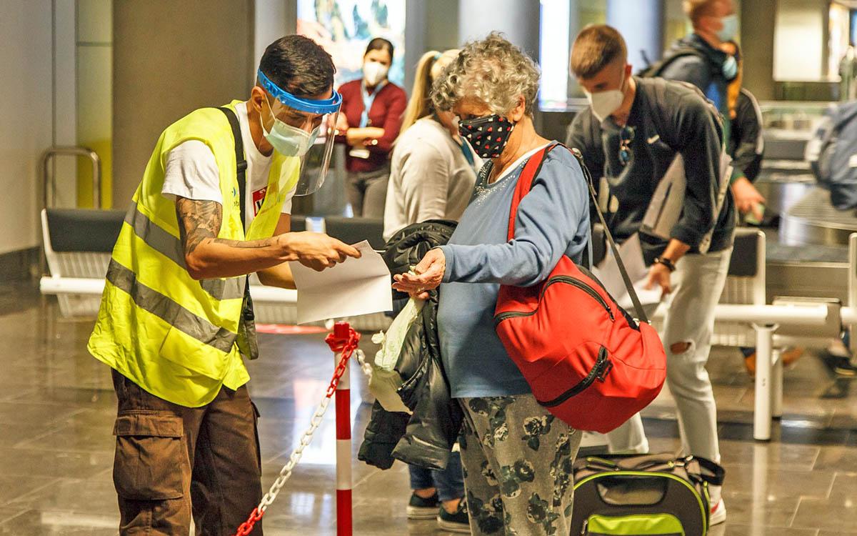 EL CEST pide que se mejoren sustancialmente los controles sanitarios en puertos y aeropuertos