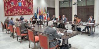 Mesa y Junta de Portavoces del Parlamento de Canarias./ Cedida.