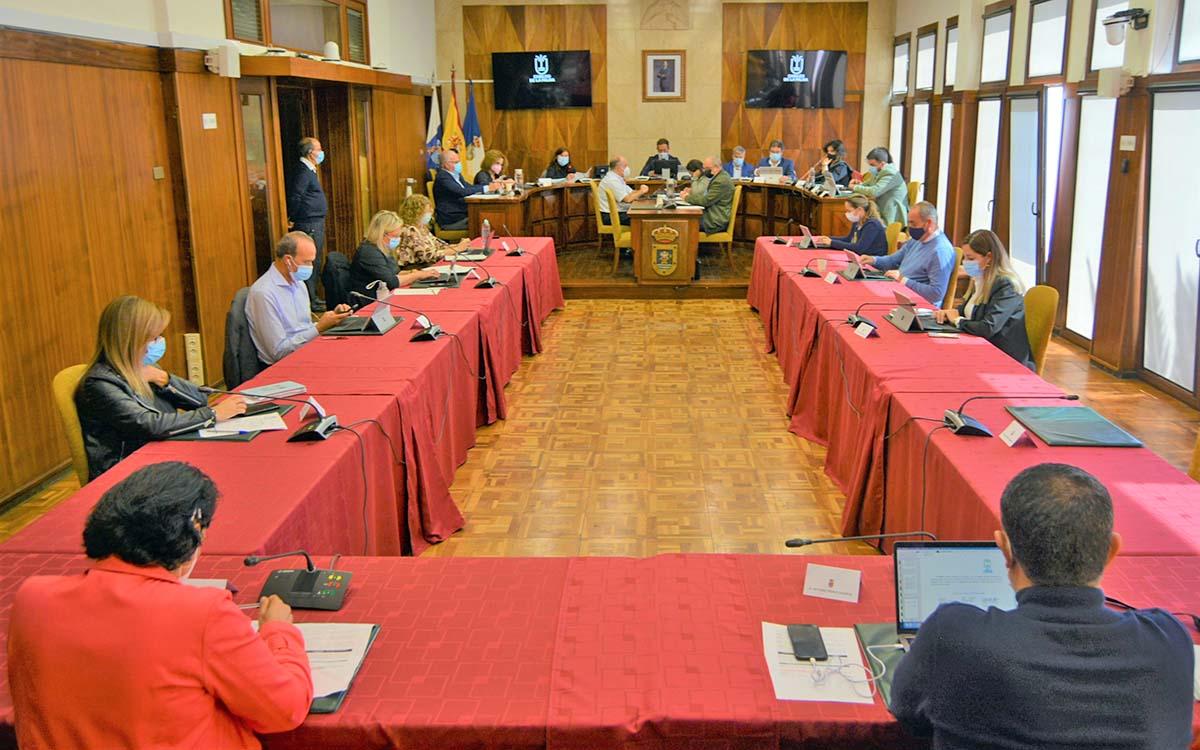 El Pleno del Cabildo de La Palma pide al Gobierno de Canarias que recupere todos los fondos del FDCAN