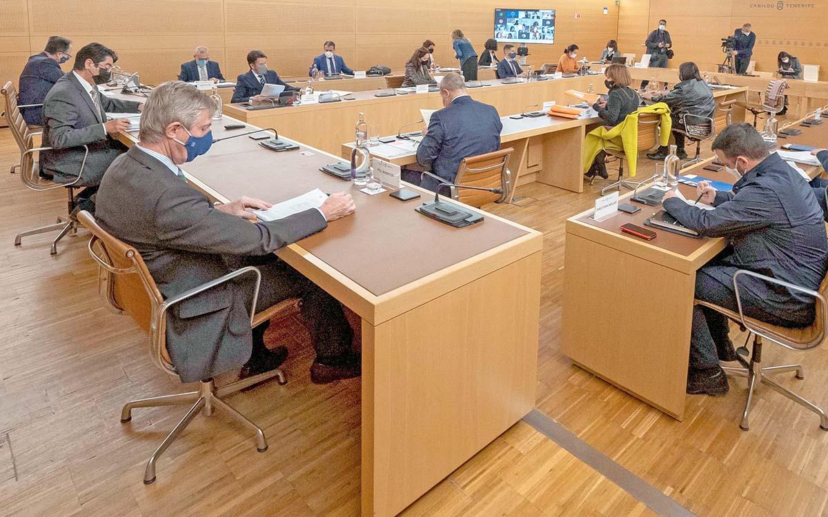 CC-PNC solicita de nuevo el Pleno Extraordinario para afrontar la crisis ante la negativa del PSOE a llegar a acuerdos